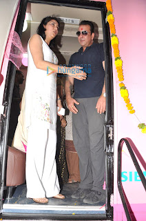 Sanjay Dutt & Priya donate a Mobile Mammography Screening Unit