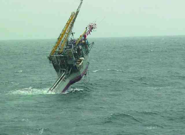 Inilah Kapal Laut Paling Aneh di Dunia