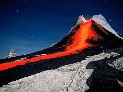 2011 Best Wallpapers Volcano