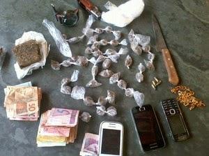 detidos suspeitos de tráfico de drogas em Dores do Indaiá
