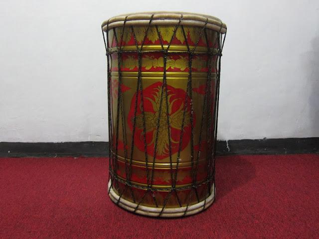 Alat musik kendang hajir marawis batik