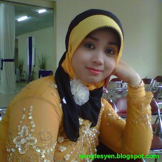 Lantai Kayu  on Neng Araha3 Jpg
