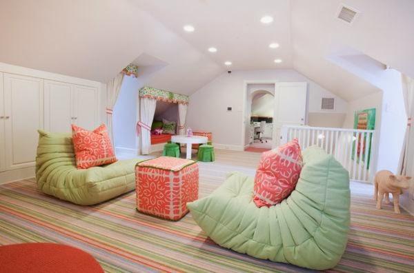 octobre 2013 canap togo. Black Bedroom Furniture Sets. Home Design Ideas