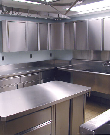 Metal kitchen cabinets pictures of kitchens for Metal kitchen cabinets