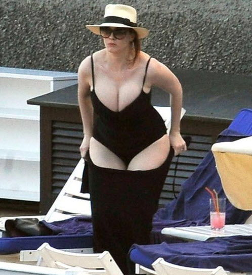 christina hendricks ass