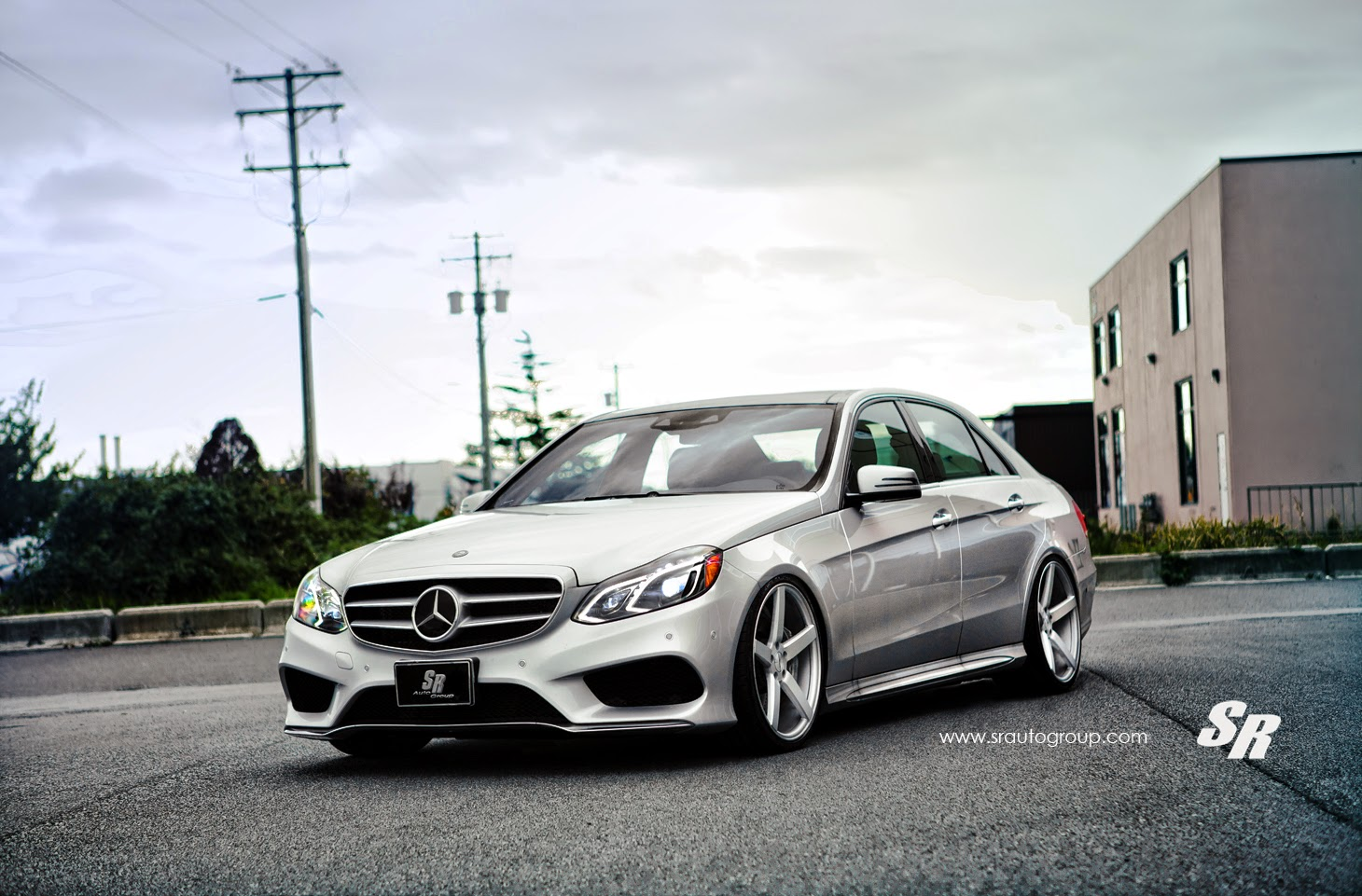 Mercedes benz w212 e550 on vossen wheels benztuning for Mercedes benz wheels rims