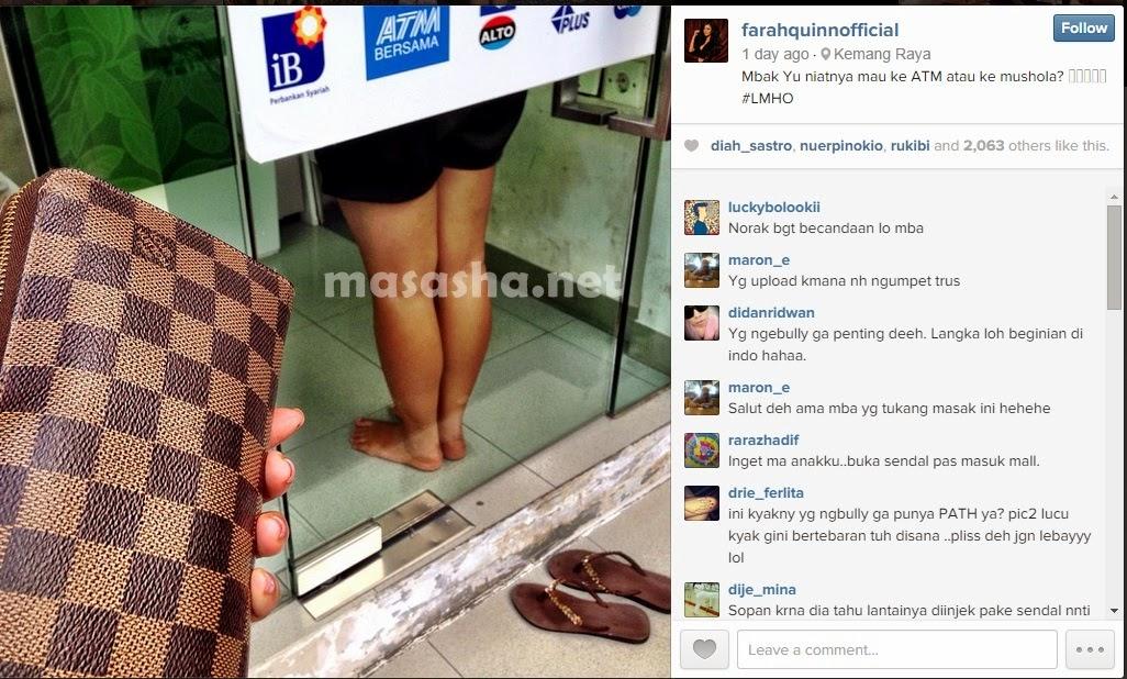 Farah Quinn di-bully Gara-gara Gambar Wanita Copot Sandal di ATM ...