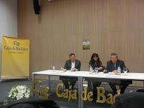 """Presentación del libro conjunto de mi marido y mío """"LA HUELLA DE DOS VIENTOS"""", EN BADAJOZ"""