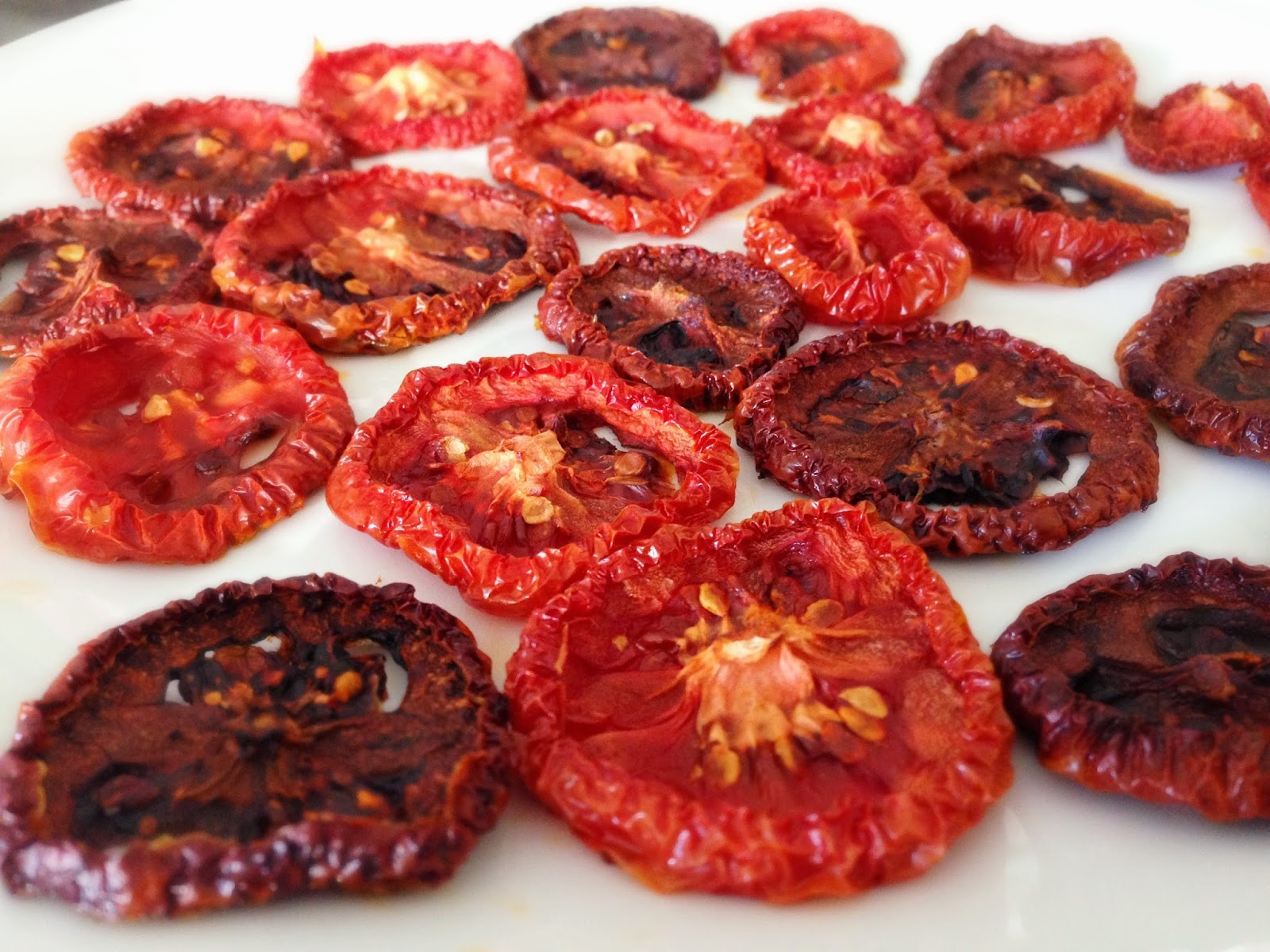 Kale With Love: Homemade Sun-dried Tomatoes