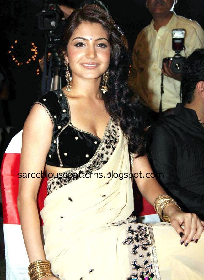 anushka sharma hot pics in saree. saree, hot. Anushka Sharma