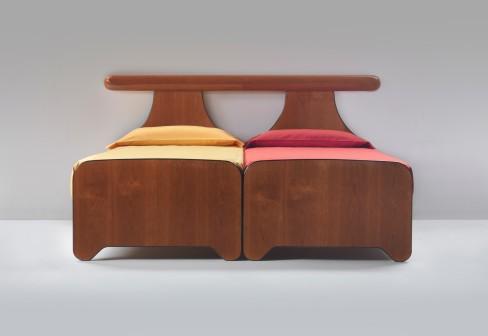 Cama doble que se transforma en dos camas de una plaza for Cama individual que se hace doble