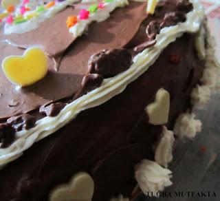 çiğ kremalı ve çikolatalı