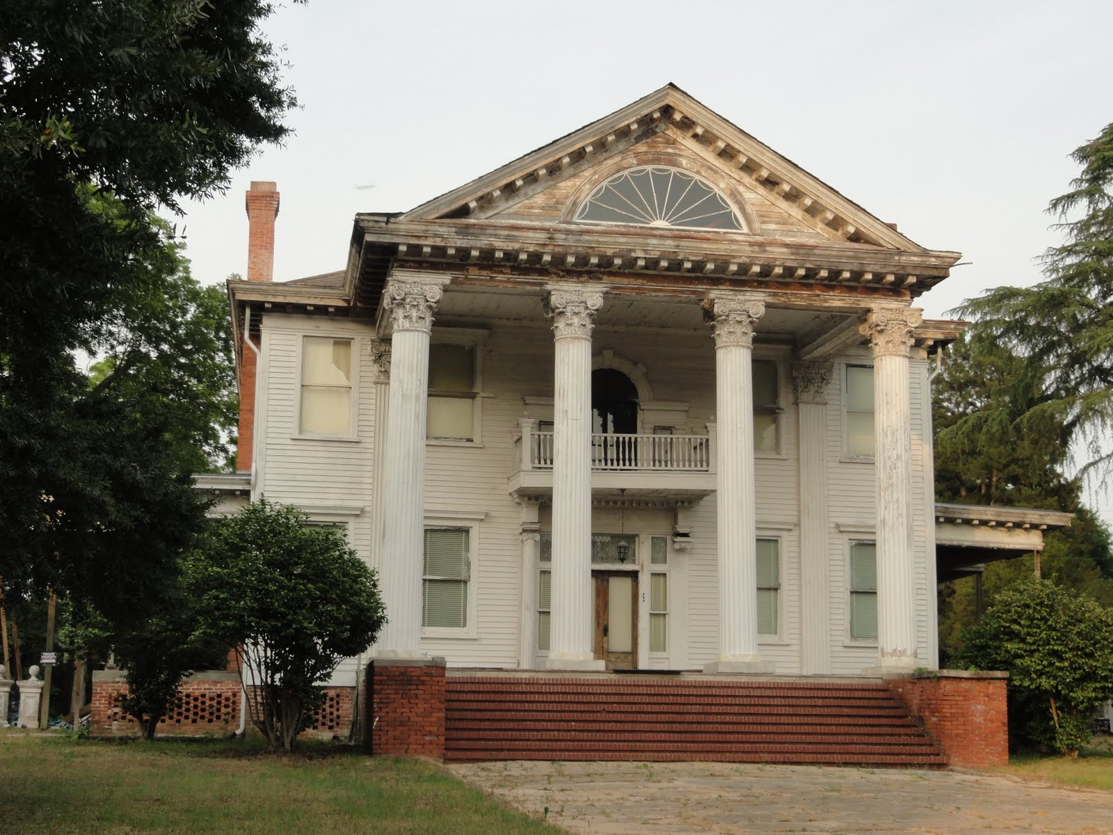 Chapman architecture the daulton house for Antebellum plantations for sale