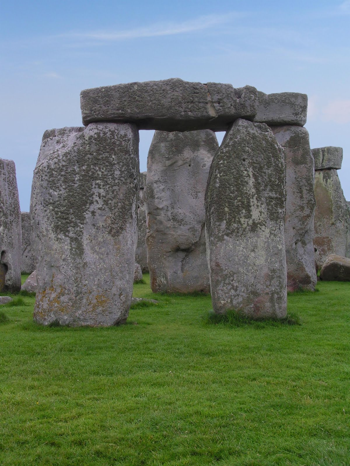the myths and legends surrounding stonehenge 2018-6-12 the ancient stone circle of stonehenge is one of the many wonders of the world believed to have been erected between circa 3000bc and.