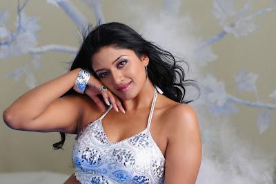 vimala raman new actress pics