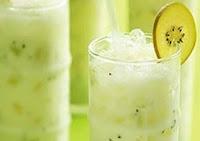 Suco de Kiwi com Chá Verde (vegana)
