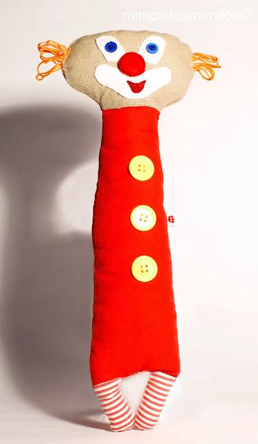 payaso hecho a mano handmade stuffed pallasso circo circus carnival big top muñeco
