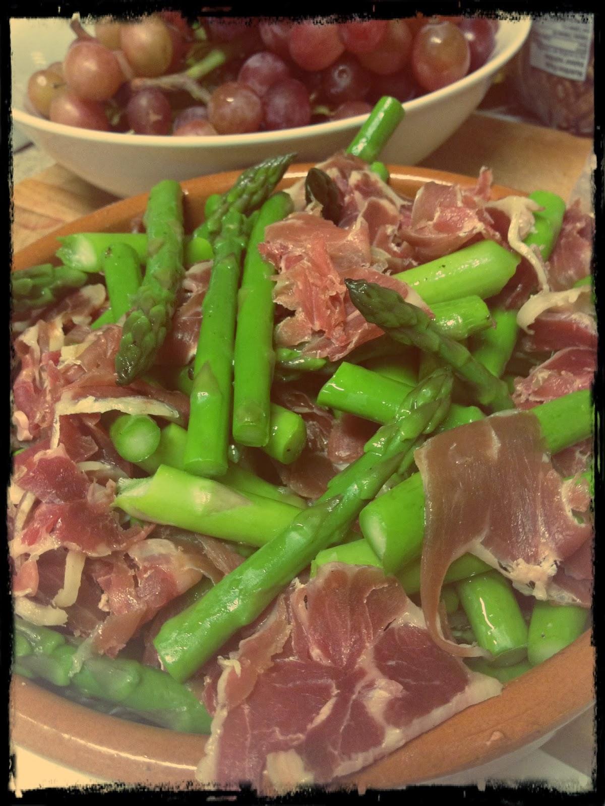 Cuisiner sur les plateaux les buffets en studio orgie de for Plat convivial rapide