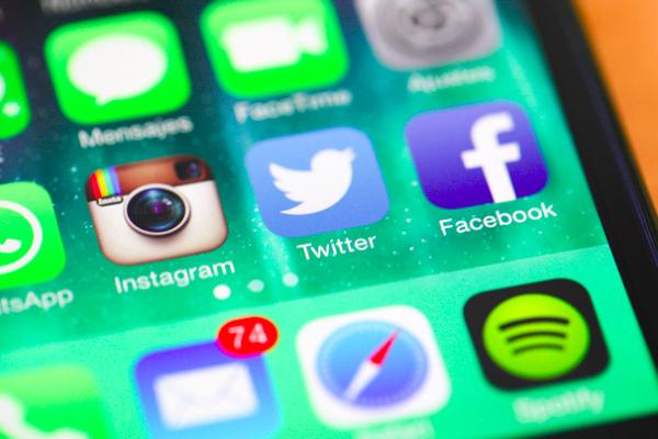 Redes Sociales iOS7