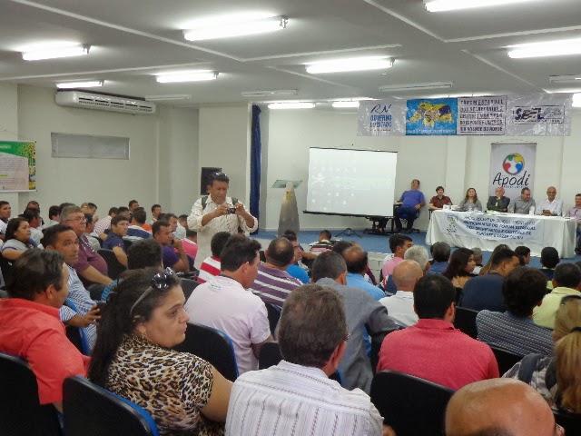 Martins sedia 6ª reunião do Fórum Estadual dos Secretários do Esporte do RN em 2013