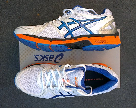 Top view of the Asics Kayano 19