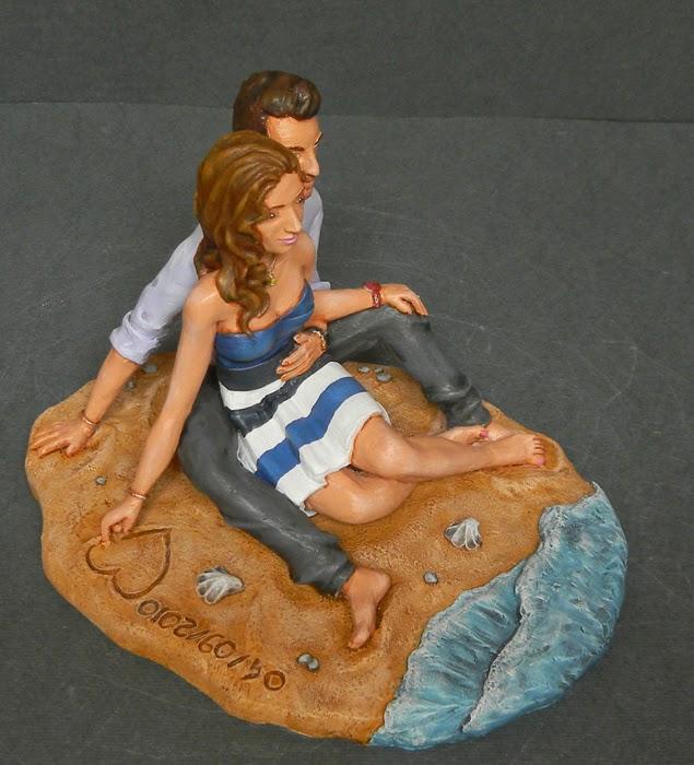 idee regalo moglie statuina personalizzata innamorati spiaggia orme magiche