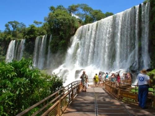 Parque-Nacional-Iguazú-pasarelas