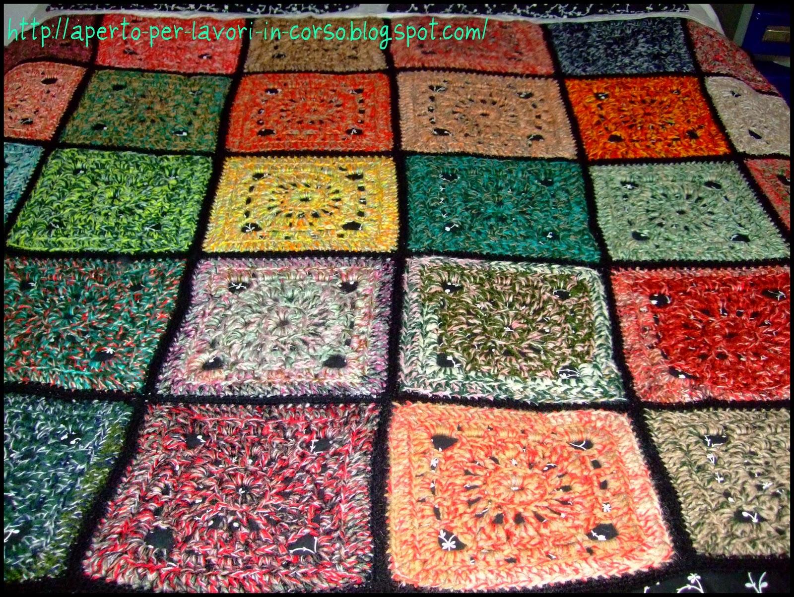 Il blog di laura: coperta alluncinetto granny squares