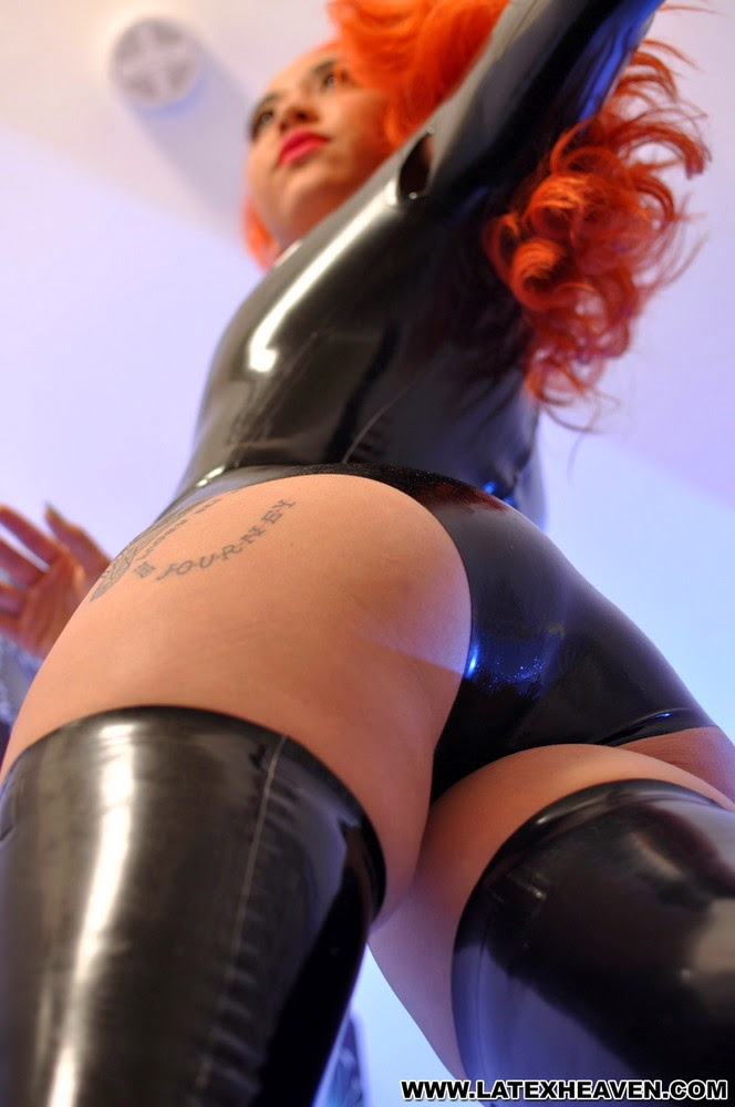 Isabella Amazing Latex Ass - Sexy Ass in Shiny Black Latex Body and Stockings