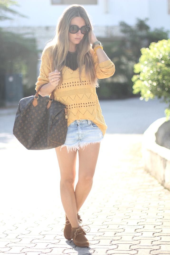 Fashion blogger autumn outfit with fringed booties and Louis Vuitton bag