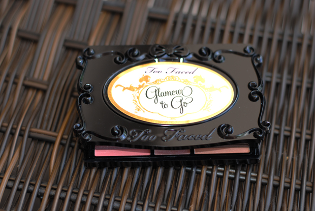 eyeshadow palette, Too Faced Glamour To Go review and swatch, makeup