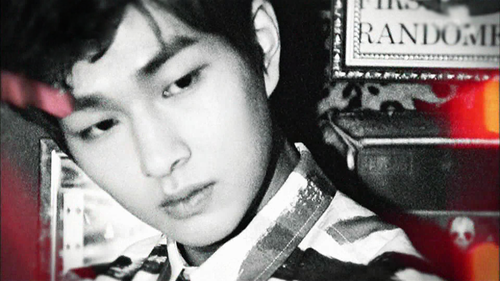 shinee onew why so serious image teaser