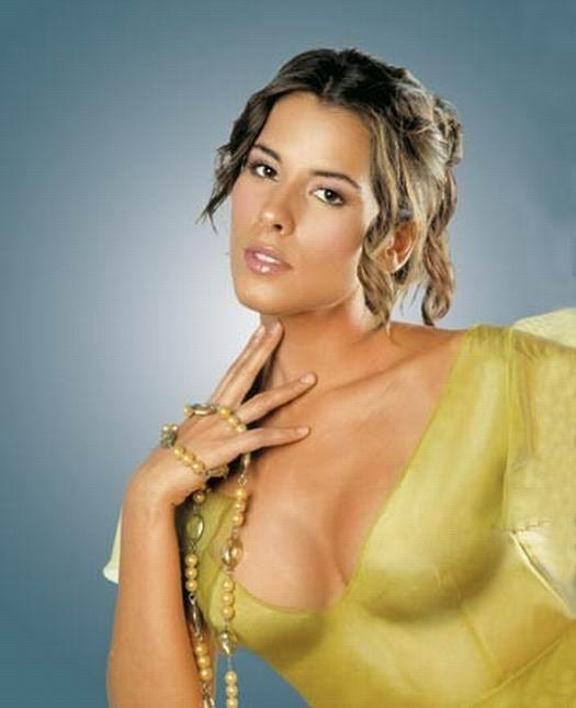 Mujeress argentina chica pija desnuda alfonso sabio 7