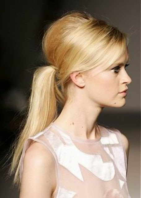 Long Center Part Romance Hairstyles, Long Hairstyle 2013, Hairstyle 2013, New Long Hairstyle 2013, Celebrity Long Romance Hairstyles 2188