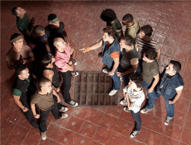 Adolescentes pelando en facebook