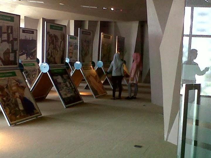 Menjelajahi isi dan fungsi Museum Tsunami aceh