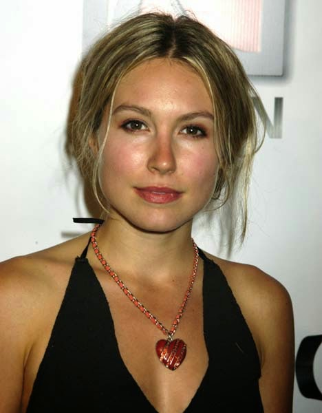 sarah carter hd wallpapers   bollywood addaa latest bollywood hot pics of actresses actors