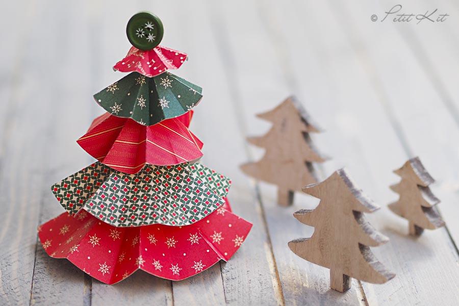 Arboles de papel con circulos - Arboles de navidad de papel ...