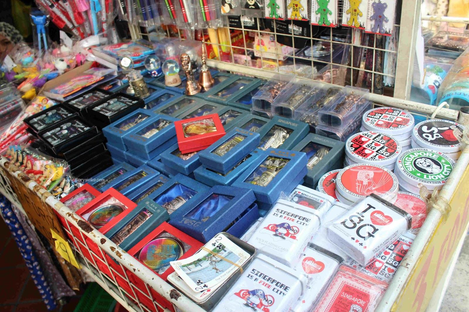 Harga Yang Ditawarkan Pun Menurut Saya Lebih Murah Daripada Kawasan Belanja Lainnya Di Singapore