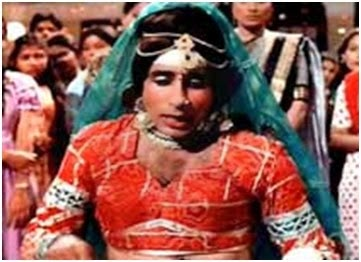 amitabh bachchan cross-dress