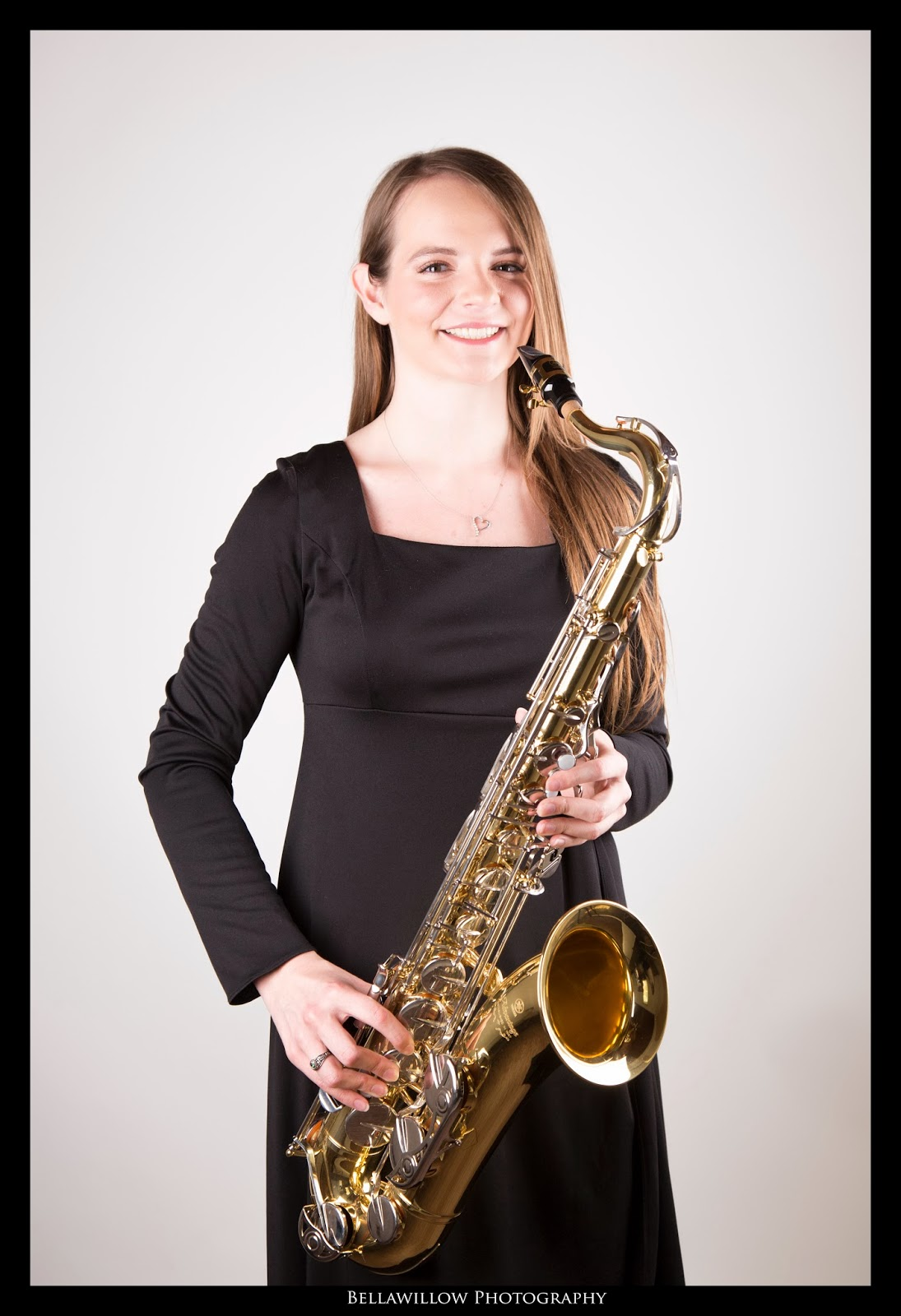 The do it yourself lifestyle senior pictures part 2 kelly is a member of her high school band we took some in studio senior pictures of her with her clarinet and saxophone solutioingenieria Image collections