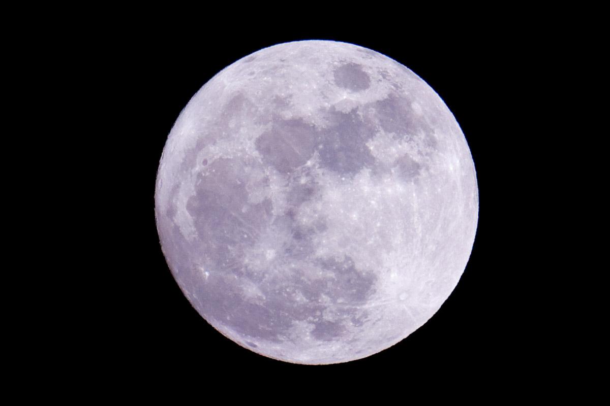 Luz y oscuridad las fases lunares y su efecto en la magia for Cuando es luna llena