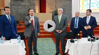 Paul Negruț oferă explicaţii privind iniţiativa de a invita la UEO reprezentanţi ai partidelor...