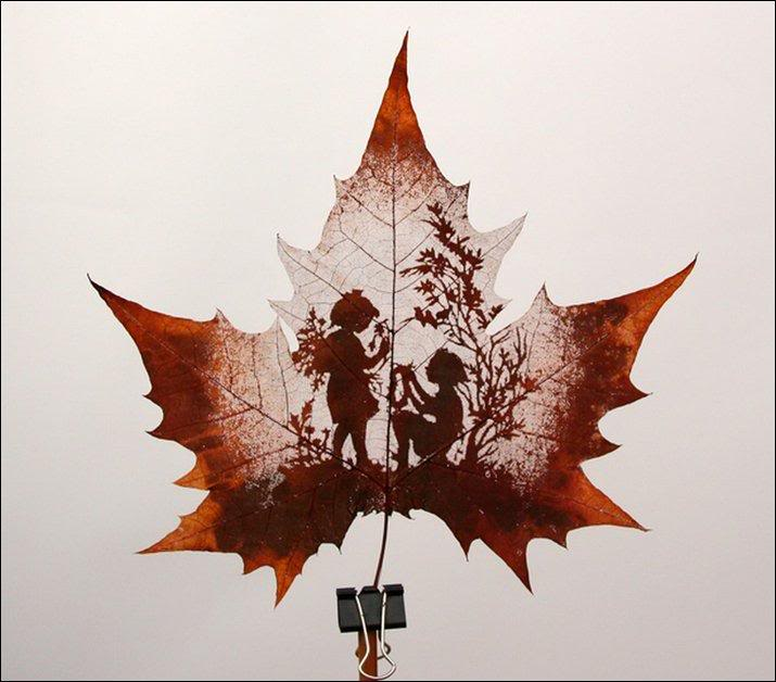 Fashion and Art Trend: Leaf Painting