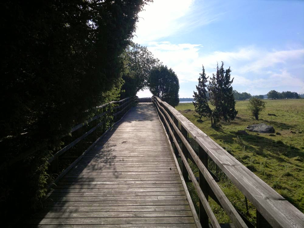 Walking bridge towards the lake Mälaren. Nice!
