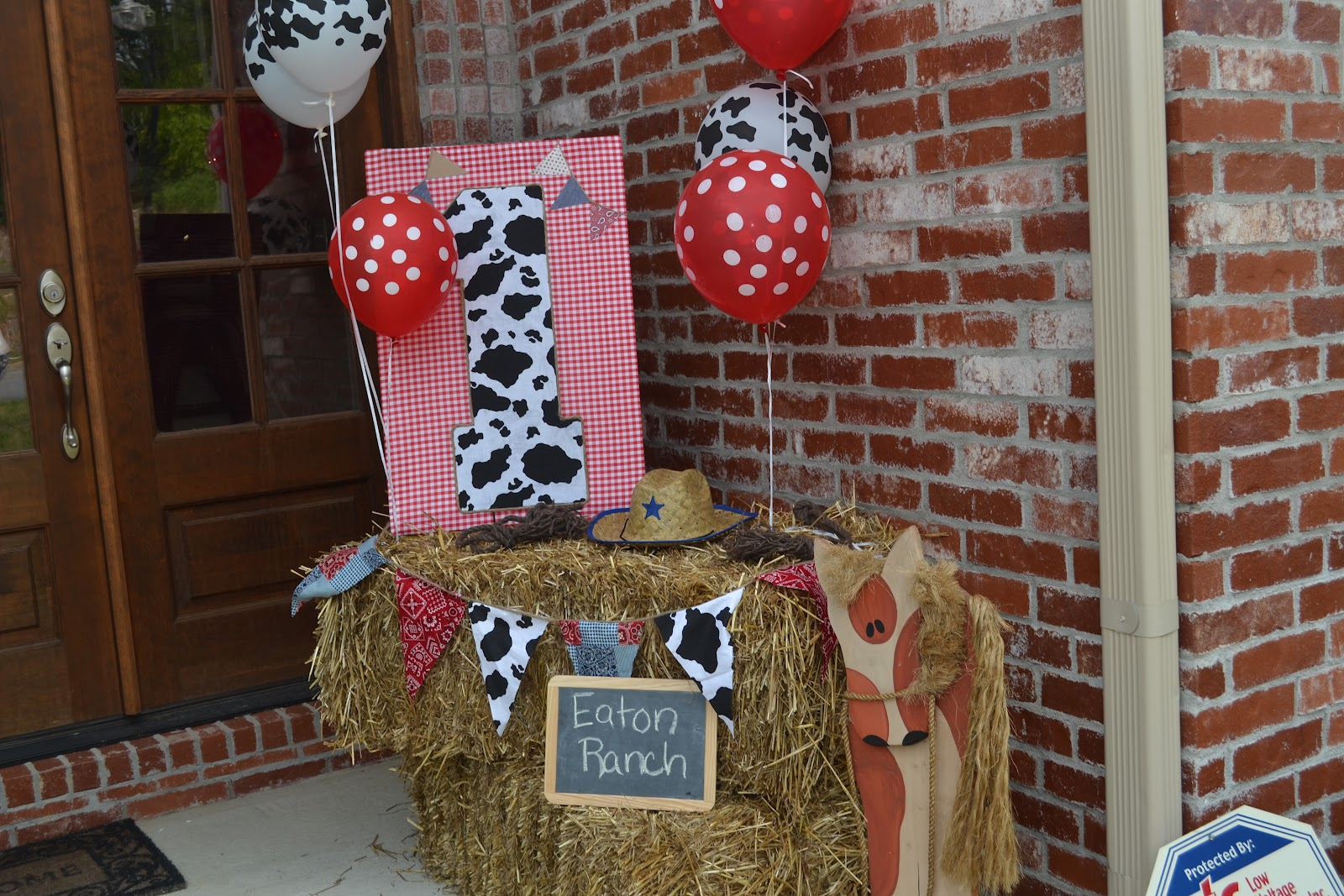 I Plan And Design Parties Cowboy Themed First Birthday Party