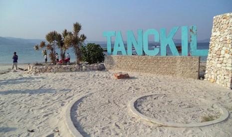 Lowongan Kerja Pulau Tangkil Resort