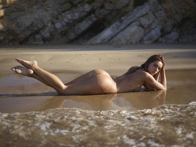 foto-golih-znamenitostey-poddelka