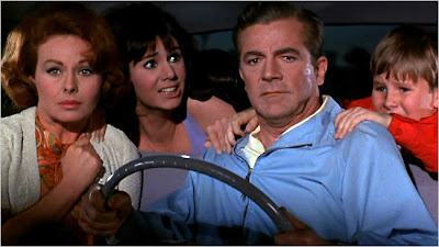 Dana Andrews and family in Hot Rods to Hell