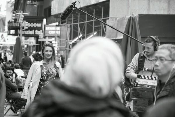 Monica-Fonseca-NY-grabando-Tan-Cosmo